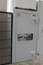 Дизайнерски офис метални шкафове за класьори Бургас