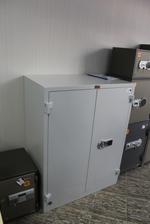 Малки и скрити метални шкафове за класьори Бургас